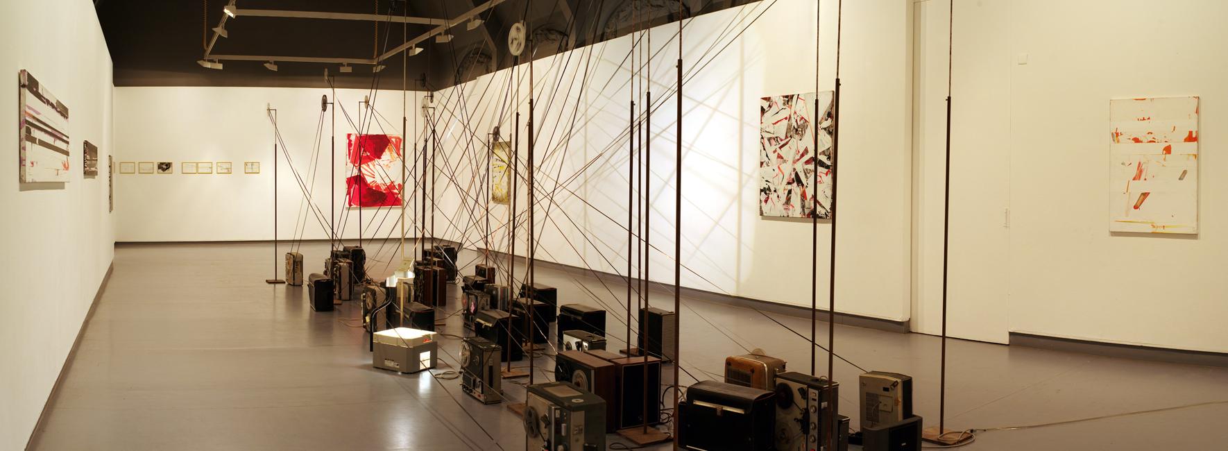 'Mehr in Blau', paintings/drawings Bart Vandevijvere & soundinstallation Bart Maris, CC Gildhof, Tielt, 2012